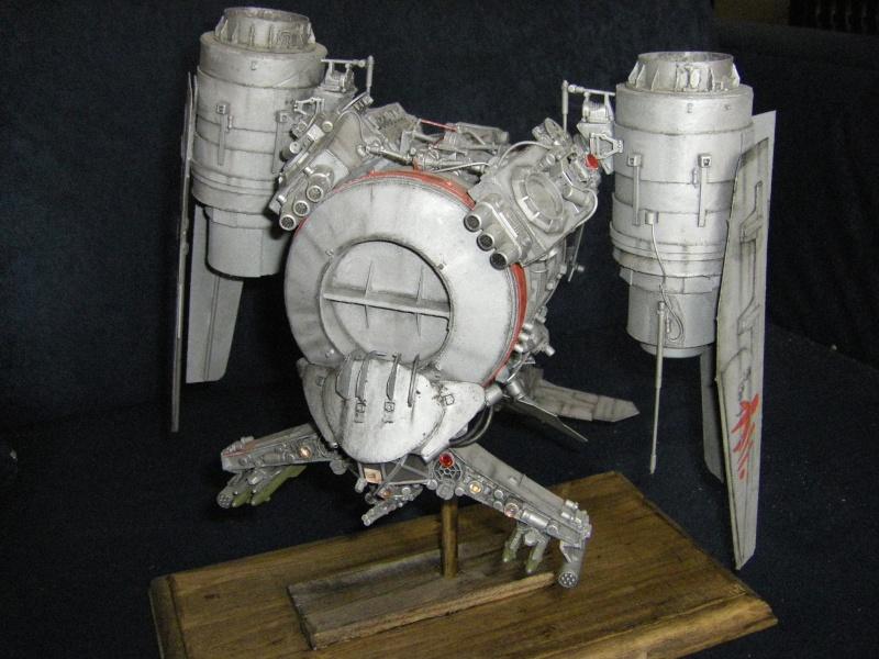 chasseur-bombardier et poubelle de l'espace Imgp6011