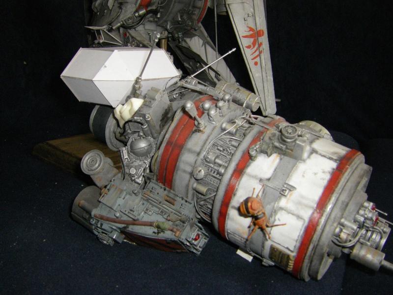 chasseur-bombardier et poubelle de l'espace Imgp6015