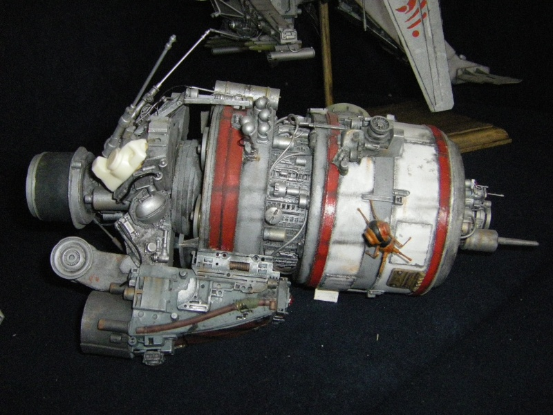 chasseur-bombardier et poubelle de l'espace Imgp6016