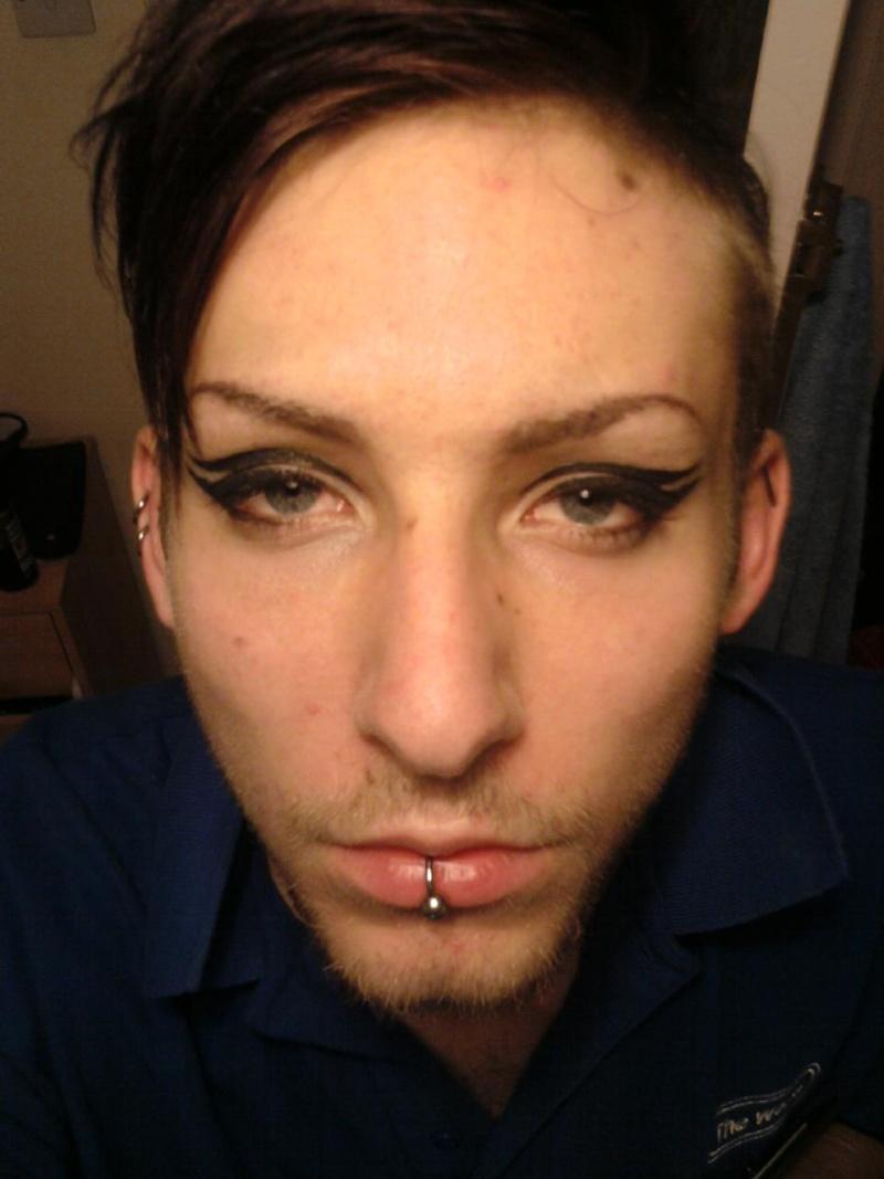 Eyeliner practice Photo114