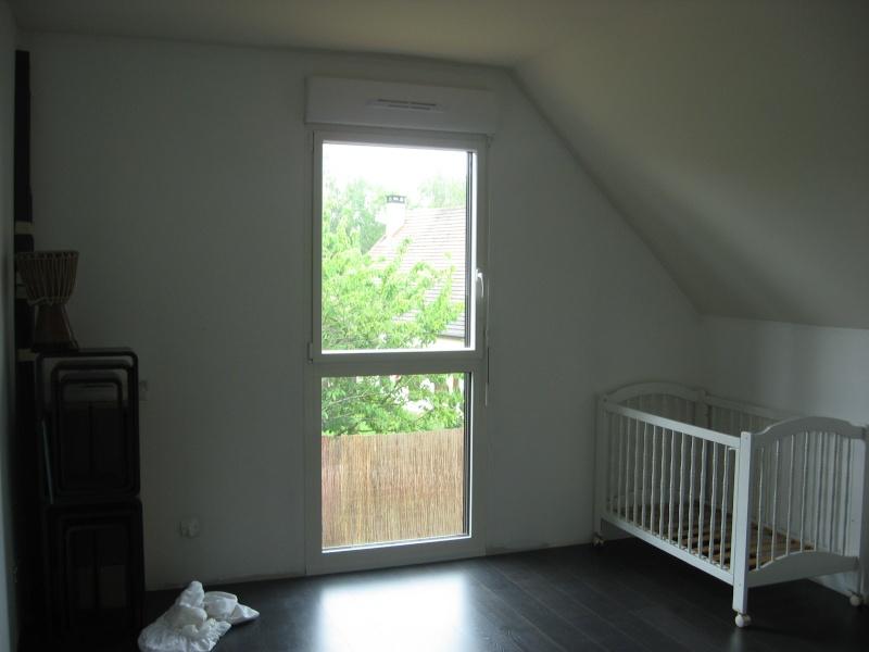 MAJ 02/02/2011 : chambre d'une petite mistouille de presque 3 mois... déjà ! Img_2821