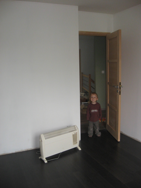 MAJ 02/02/2011 : chambre d'une petite mistouille de presque 3 mois... déjà ! Img_2823