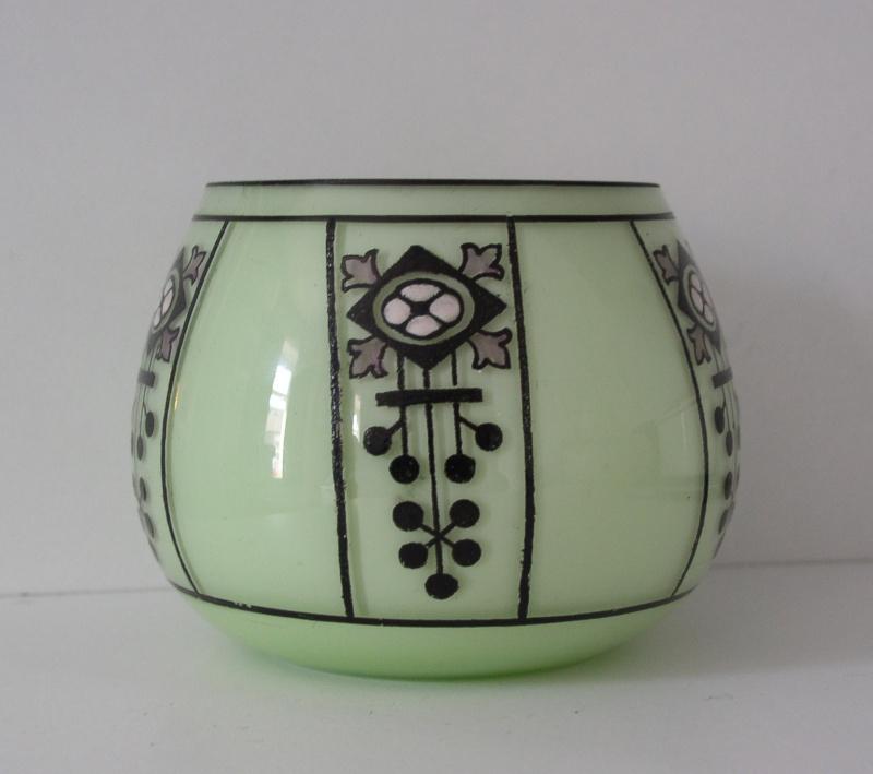 Loetz? bowl P1010040