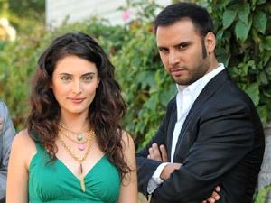 vos actrices et acteurs turc preferés?? Alisan10