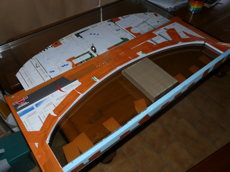 Bac de coffre et tableau de bord pour les VLA à cloison arrière verticale - Page 2 Modif_12
