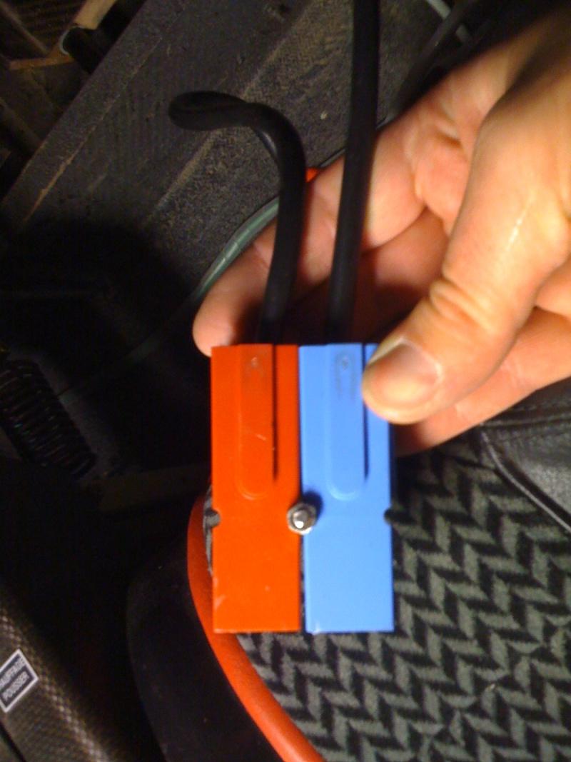 Prise externe de rechargement de batterie Photos19