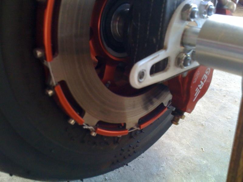 ATTENTION aux utilisateurs des freins à disque BERINGER Photos34