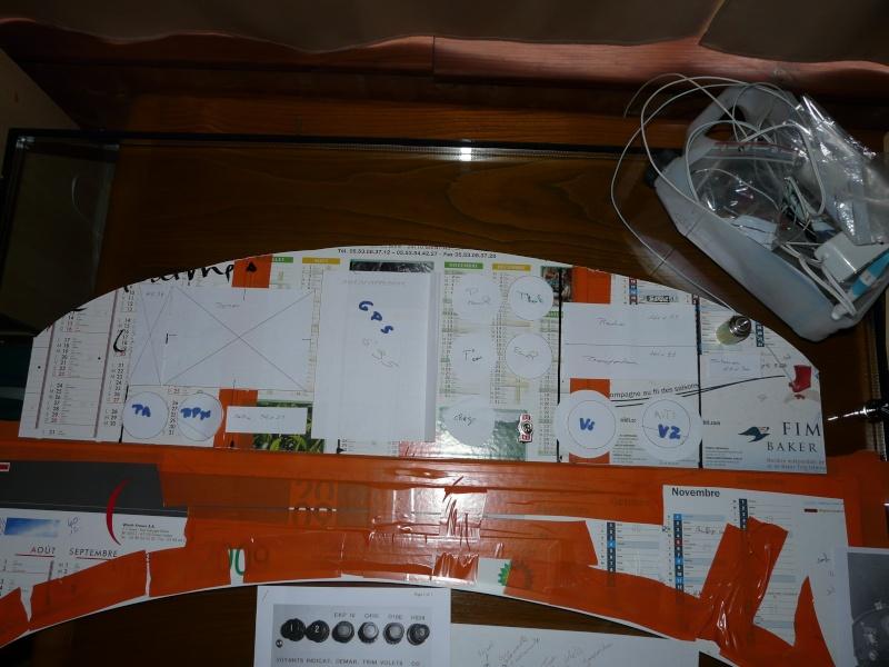 Bac de coffre et tableau de bord pour les VLA à cloison arrière verticale - Page 2 Tablea10
