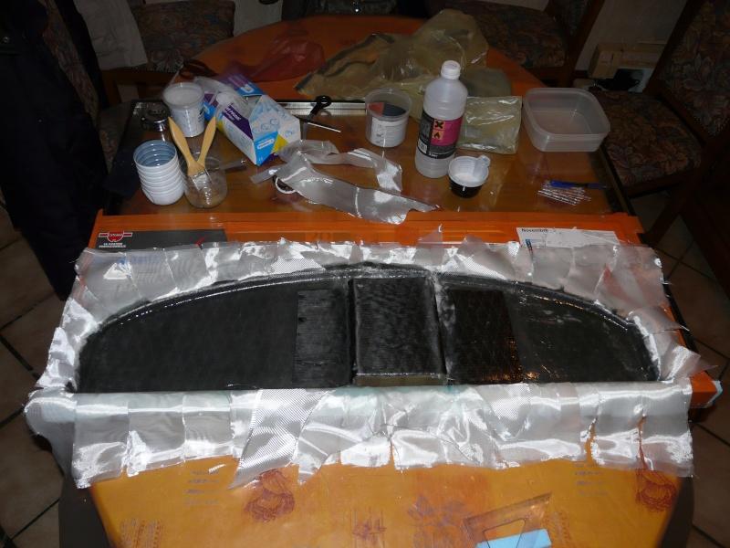 Bac de coffre et tableau de bord pour les VLA à cloison arrière verticale - Page 2 Tablea11