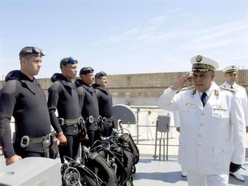 البحرية الجزائرية بين الماضي و الحاضر X210