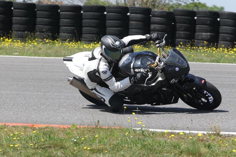 Le coin des motards ! 2375-910
