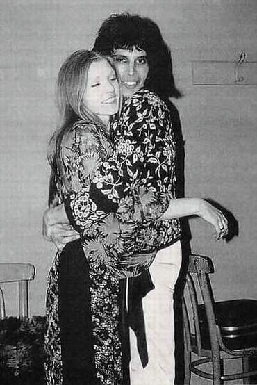 Freddie and Mary.... l'amour pour toujours Freddi13
