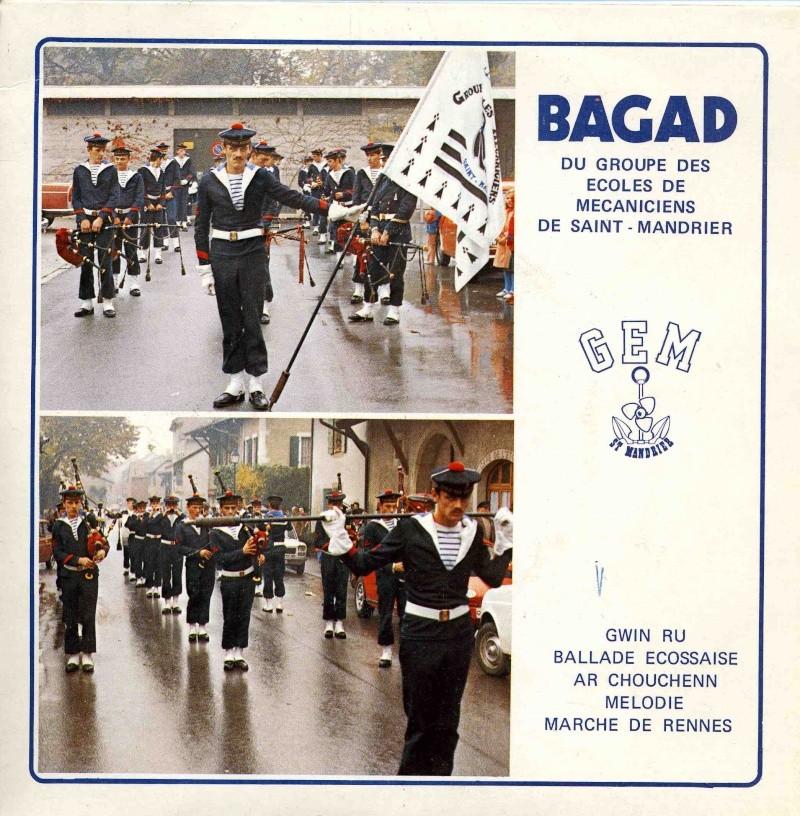 [Musique dans la Marine] Bagad St-Mandrier - Page 3 2_pier10