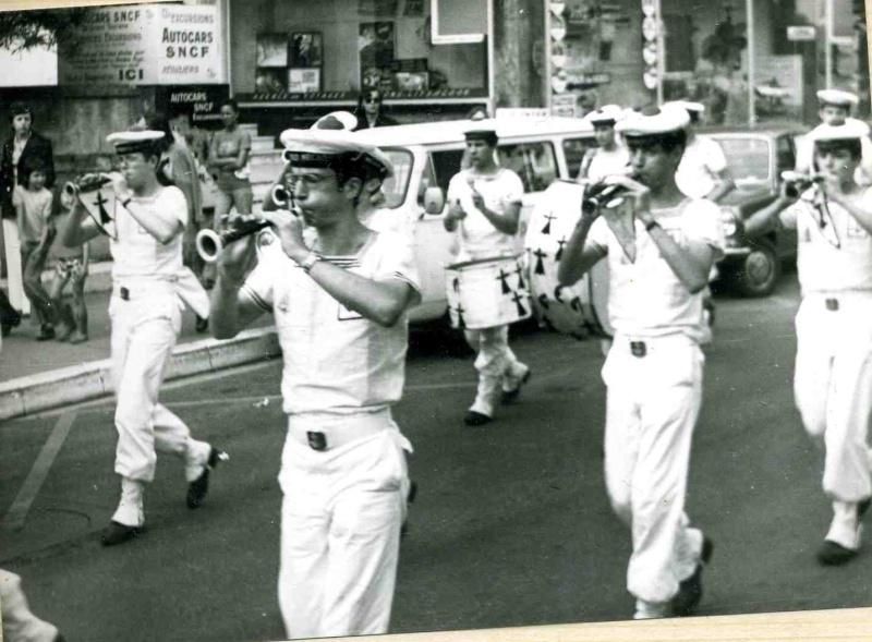 [Musique dans la Marine] Bagad St-Mandrier - Page 3 715