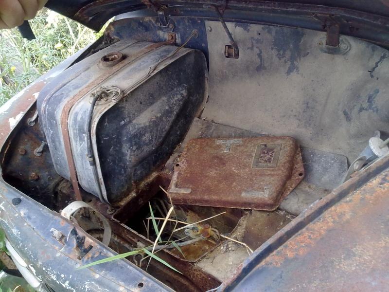 """La mia """"povera"""" Fiat 750! 30032011"""