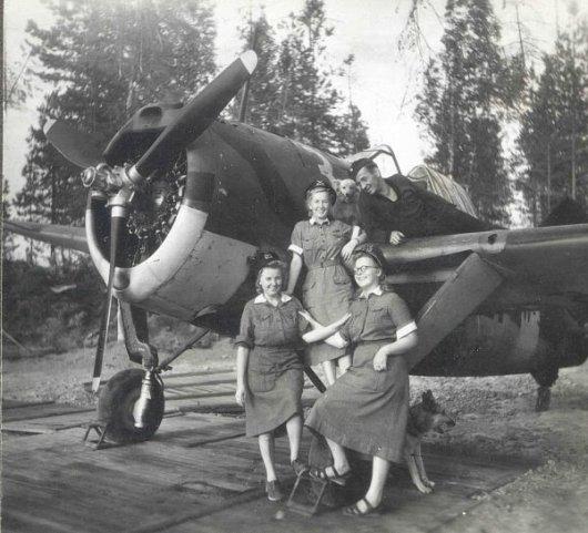 Femmes militaires - Page 2 Milita17