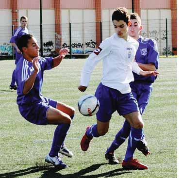 Pays d'Aix FC  AIX-EN-PROVENCE // PH  - Page 2 2_bmp13