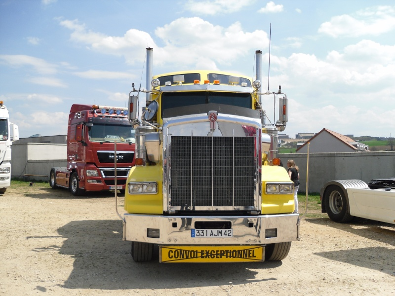 expo tuning,camions,voitures anciennes a monistrol 43 Sam_0027