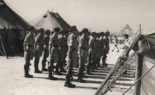 The Bahrain & Radfan Years - Page 4 Guard_10
