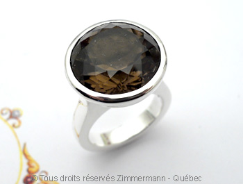 Une grosse bague argent avec un quartz fumé de 16 mm de diamètre Baaf0410