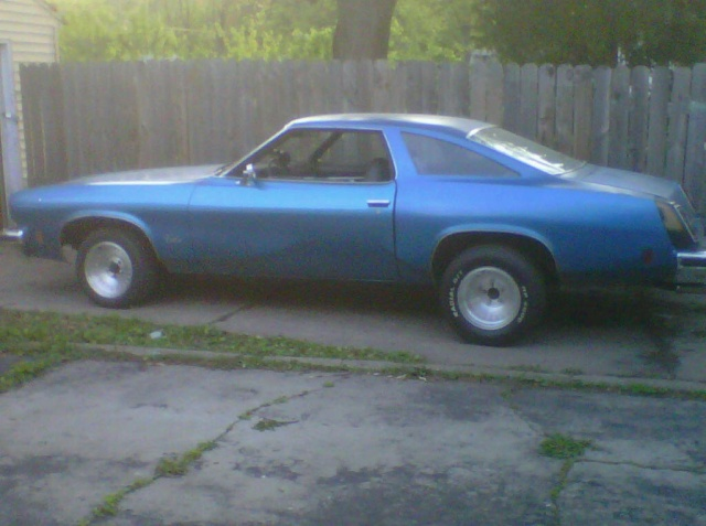 pics of olds with new wheels and new attitude Img00123