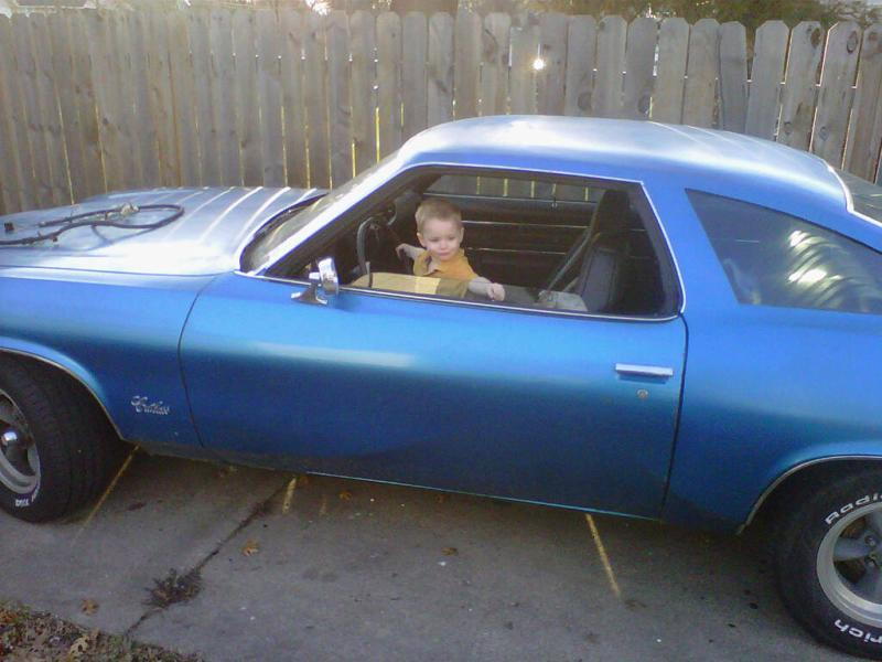 pics of the real owner of the olds Layten12