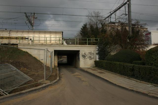 RAVeL 1 Centre (Part 5b) Tamines - Namur - Eurovelo 3 - Itinéraire n°6 - Page 2 Img_4110
