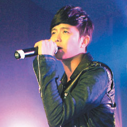 Alien Huang apologises for Show Luo's break up with Rainie 452b9d10