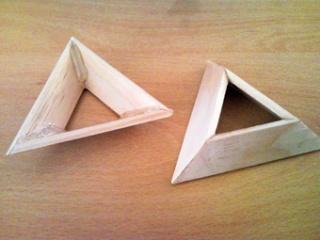 Socles en bois pour exposer vos Rubik's Cubes Snc00011