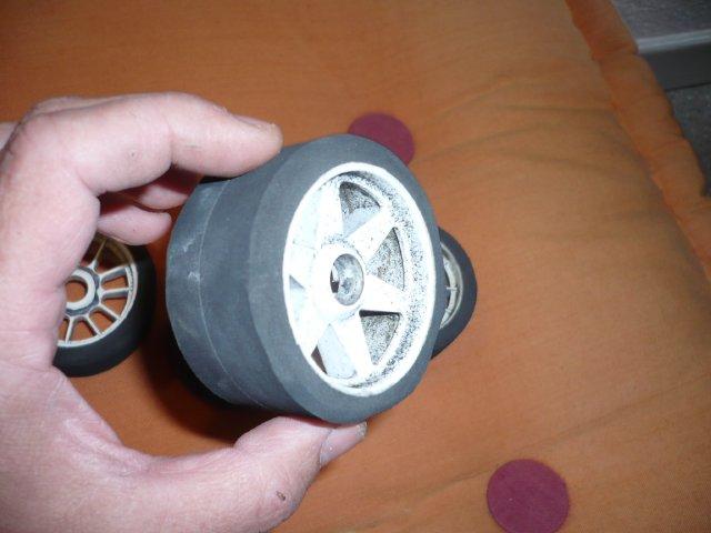 budget 0€ pour des pneus avant de piste 1/8 (par Chris 01) 216
