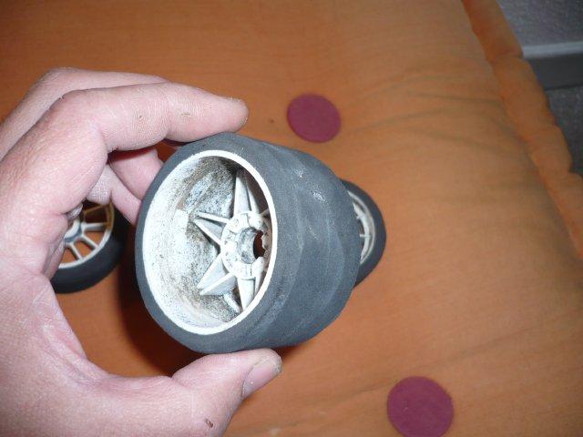 budget 0€ pour des pneus avant de piste 1/8 (par Chris 01) 315