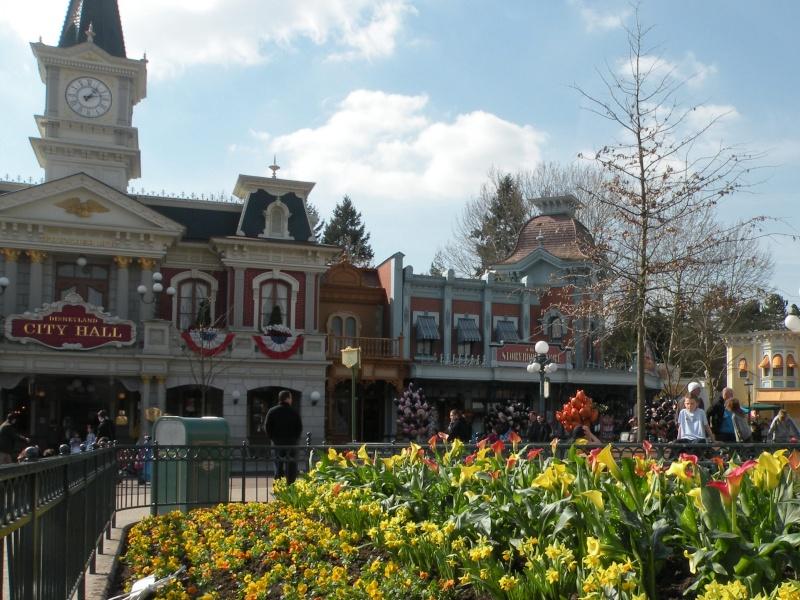 Remplacement des arbres à Disneyland Paris - Page 3 01611