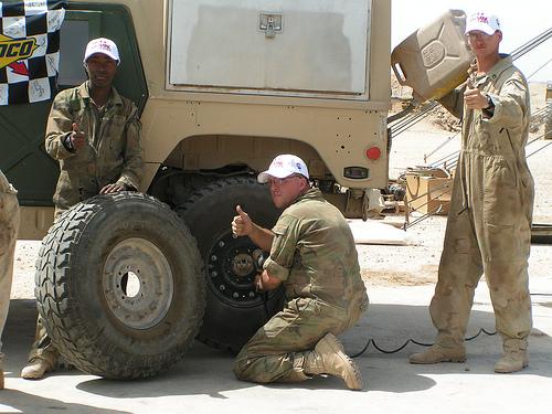 [duanra] M1025 Irak 2004 - Page 2 000pic10