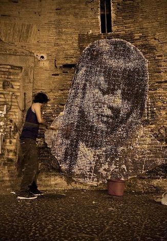 Italian Grafitti Sten-l16