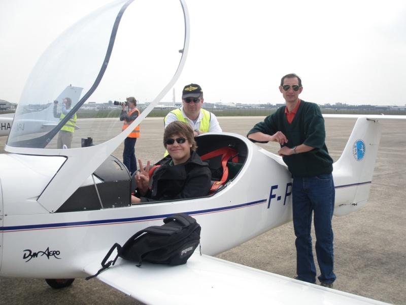 JA débarque au Bourget le 8 mai 2010! - Page 17 P5081211