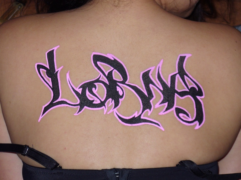 "Body-writing ""LORNA"" Lorna11"