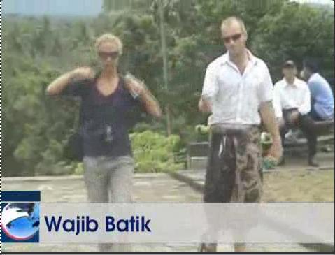 Candi Borobudur dan BATIK Aaa11