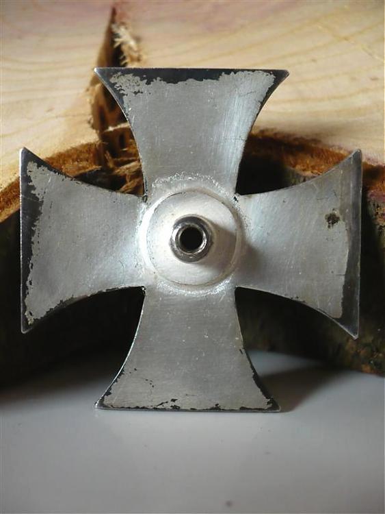 Le cas Deumer : des croix de fer pour Demeuré ? Deumer16