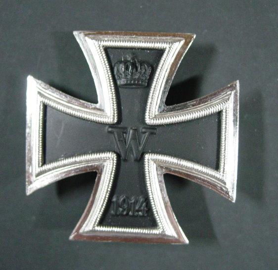 Le cas Deumer : des croix de fer pour Demeuré ? Ek_1_f10