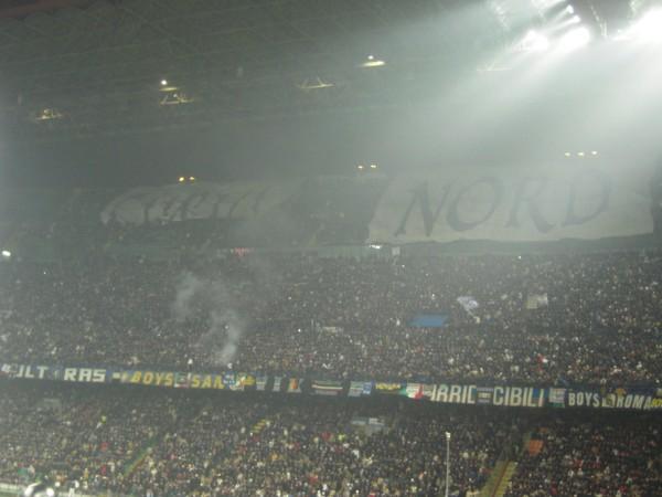 Le Mouvement en Italie . Inter-10