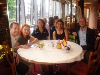 Table de polonais ce mardi 8 juin avec photos P1010063