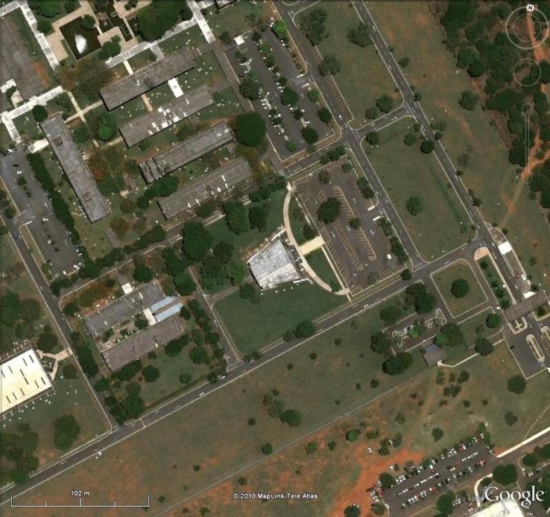 Les services secrets dans le monde épiés avec Google Earth - Page 2 Abin210