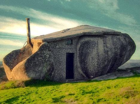 Maison en pierre (ou Casa do penedo Pereira) - Portugal Pier210