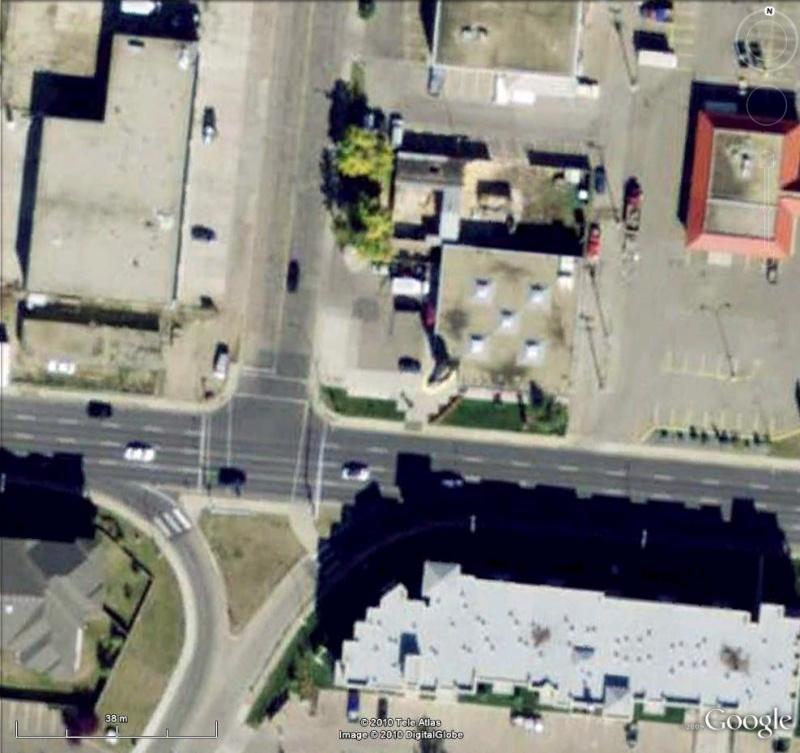 Bottes géantes à Edmonton, Alberta - Canada Tiag210