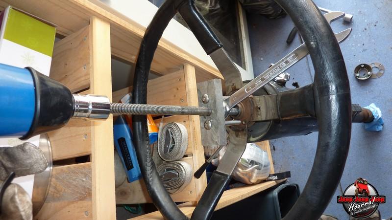 Maïté au volant: Dépose colonne dir. CJ7 boite manuelle P1030342