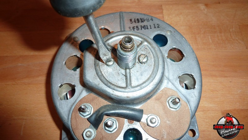 Maïte: ne se laisse pas compter (compteur vitesse CJ7) P1060415