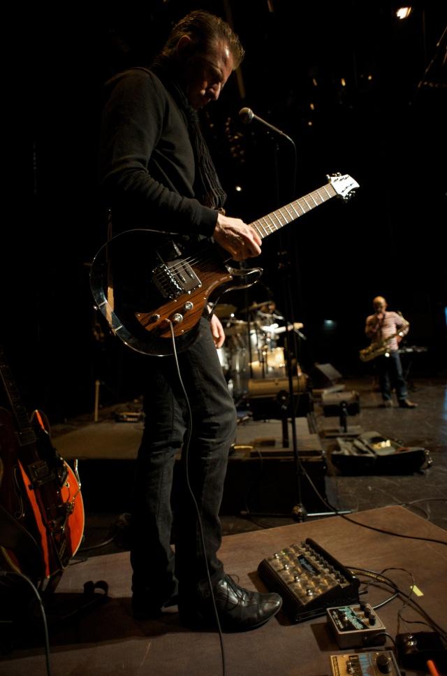 Théâtre des 3 chênes LE QUESNOY 26/03/2010 [Coulisses et balance] Enchan28