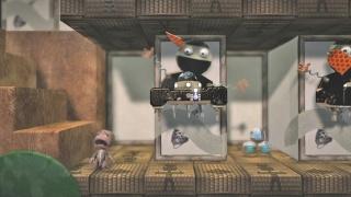Фасад обложки и скриншот игры PSP (L). Little11