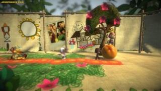 Фасад обложки и скриншот игры PSP (L). Little12