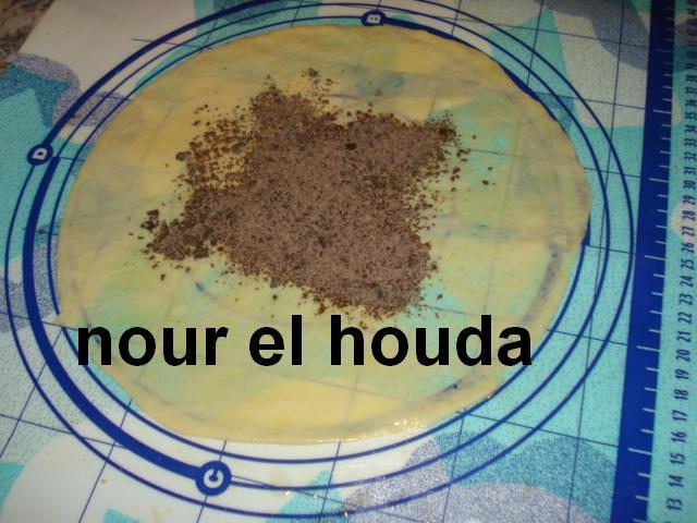 Msammen ou Mssaman marocain au chocolat râpé Dsc00830